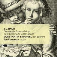 Constantin Emanuel sings from Schemellis Gesangbuch