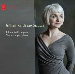 Gillian Keith bei Strauss