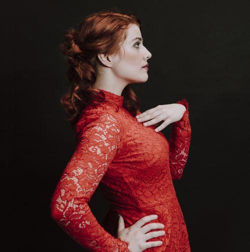 Valentina Tóth